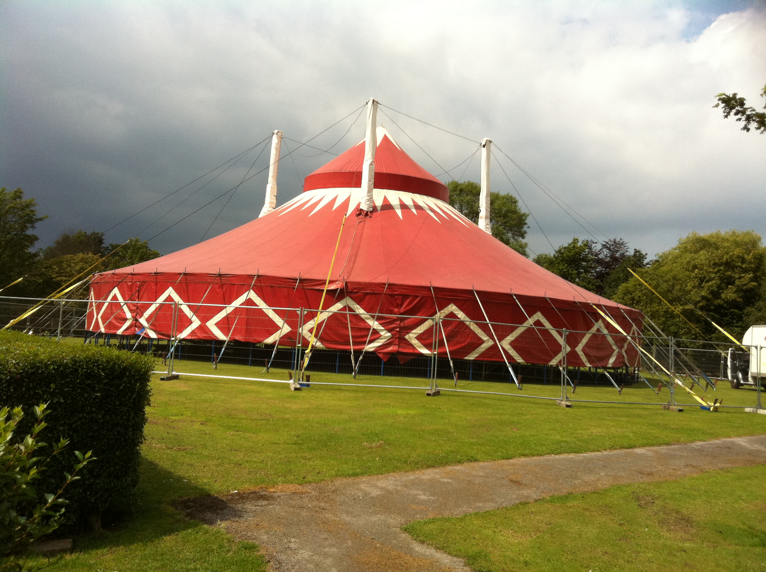 Tent specifications. Big top tent Dimensions Area 28 metre round big top tent  four king poles with dome cupola and no quarterpoles. & Staging : Quite Scary Productions backline hire percussion hire ...